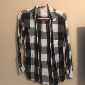 ✨ HOST PICK✨ Black & White Flannel